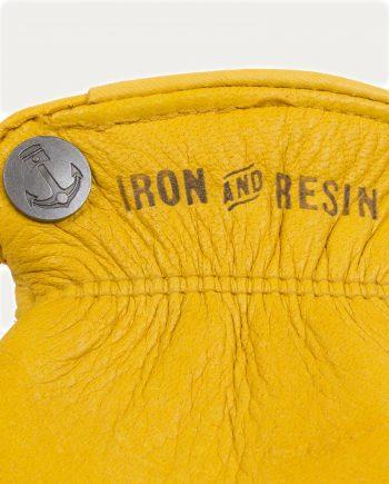 gants_jaune_iron_resin_1
