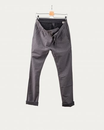 novemb3r_pantalon_fisher_gris