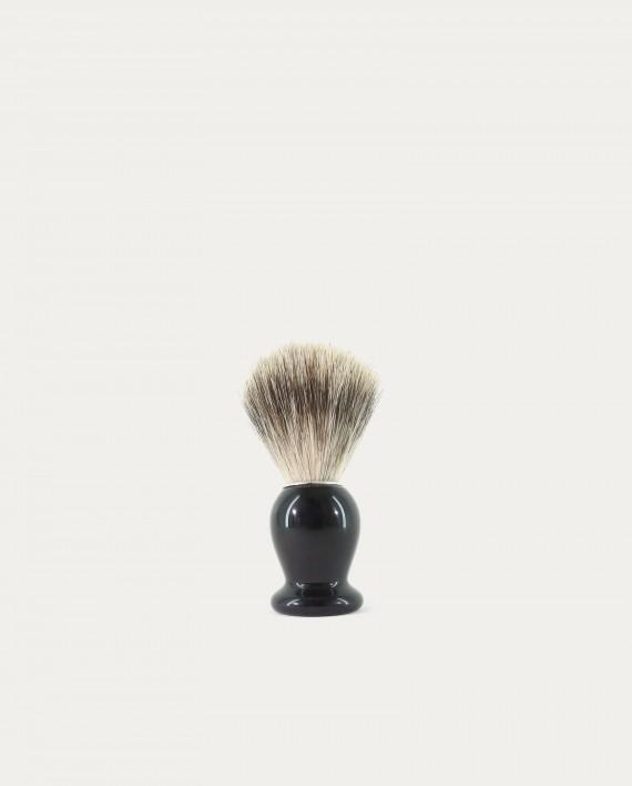 gentleman barbier blaireau en corne noire concept store barbier coiffeur pour l 39 homme. Black Bedroom Furniture Sets. Home Design Ideas