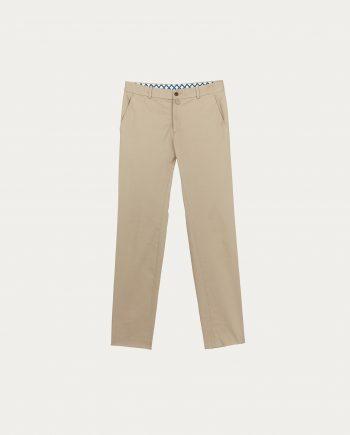 cavalier_bleu_pantalon_chino_beige