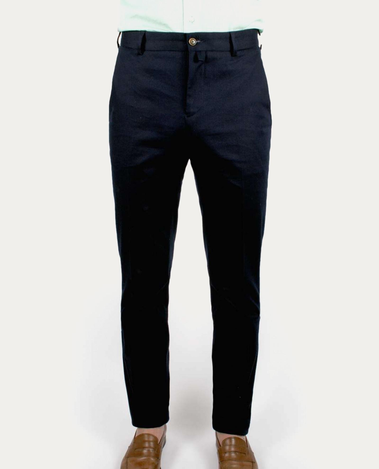 cavalier bleu pantalon chino concept store barbier coiffeur pour l 39 homme tonsor cie. Black Bedroom Furniture Sets. Home Design Ideas