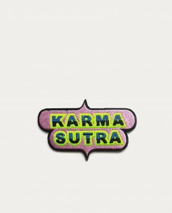 Macon_lesquoy_ecusson_karma_sutra