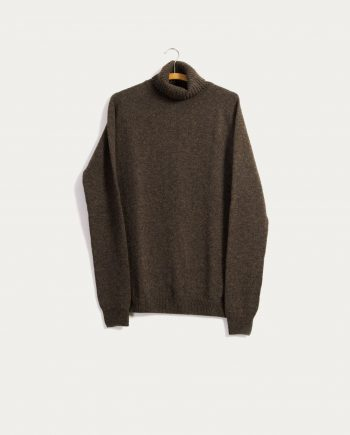 hansen_garments_single_stitch_turtleneck_sweater_chene