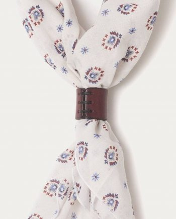 a_piece_of_chic_bandana_blanc_motifs_bleu_1
