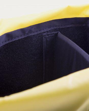tonsor_cie_topo_design_camera_cube_navy_yellow_1