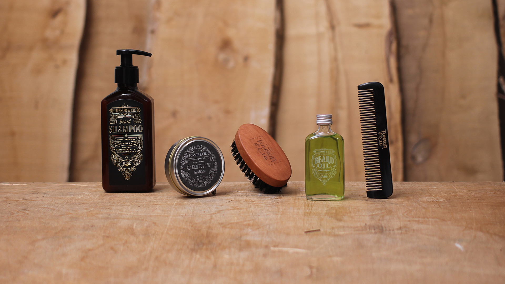Tonsor_cie_compagnie_barbershop_rituel_barbe_entretien_baume_huile_barbier_coiffeur