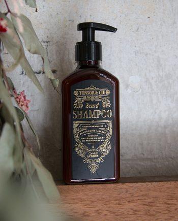 Beard_shampoo_beauty-shot_tonsor_cie