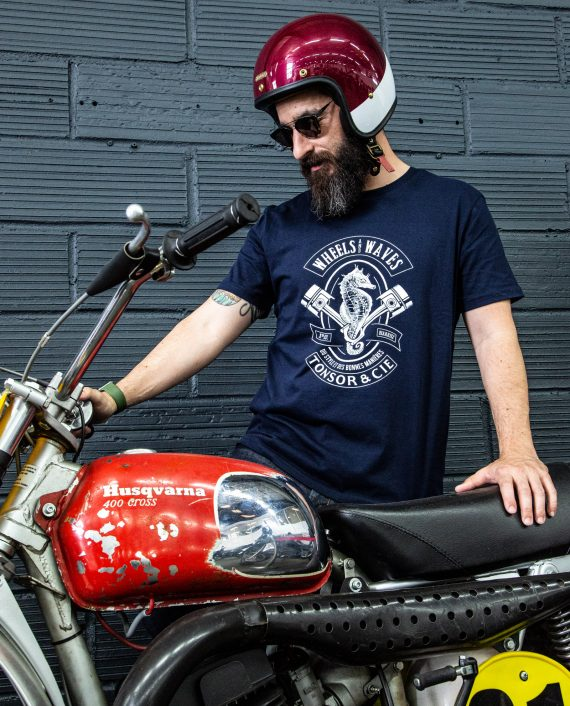 t-shirt-wheels-and-waves-2021-french-navy-porte